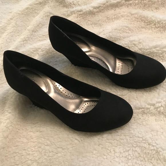 4b574506c2 dexflex comfort Shoes | Kaylie Black Wedge | Poshmark